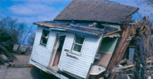 Pictures Of Destroyed Homes By Natural Disasters