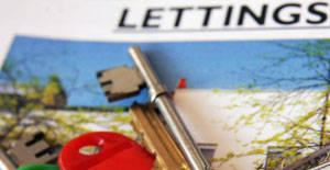 Should New Landlords Use A Letting Agent?